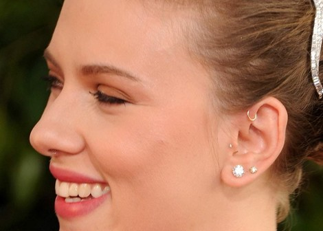 Pinna Piercing example with Scarlett Johannson