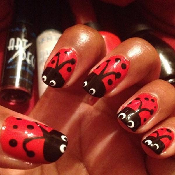 cute ladybug nail design