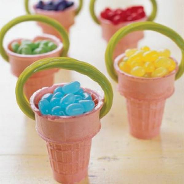 Easter eggs mini basket diy