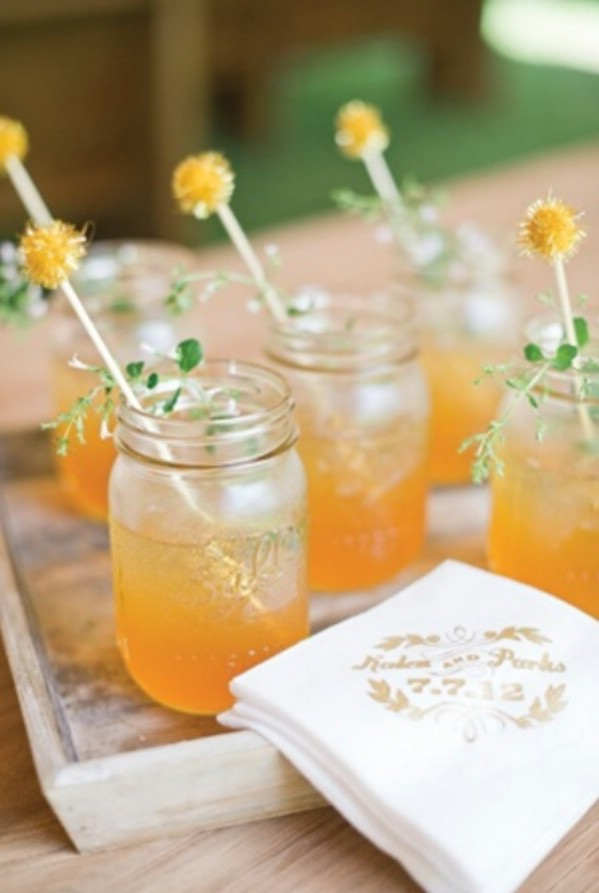 DIY drinking cups from mason jars