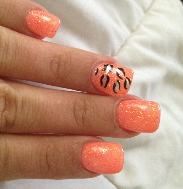 Orange and Black Nail Designs http://www.womenio.com/2209/15-trendy-gel-nail-designs-for-spring