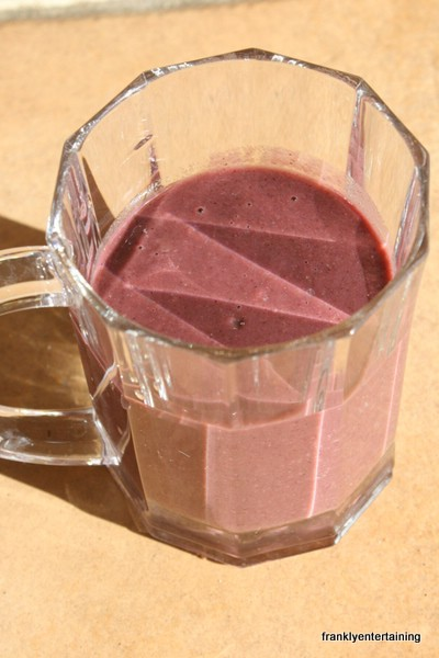 Broccoli blueberry smoothie