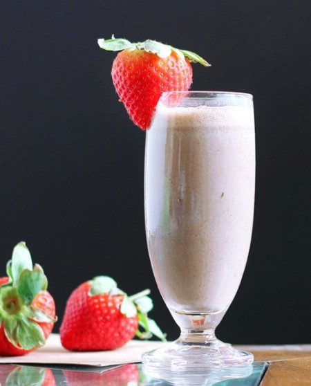 Chocolate fruit smoothie