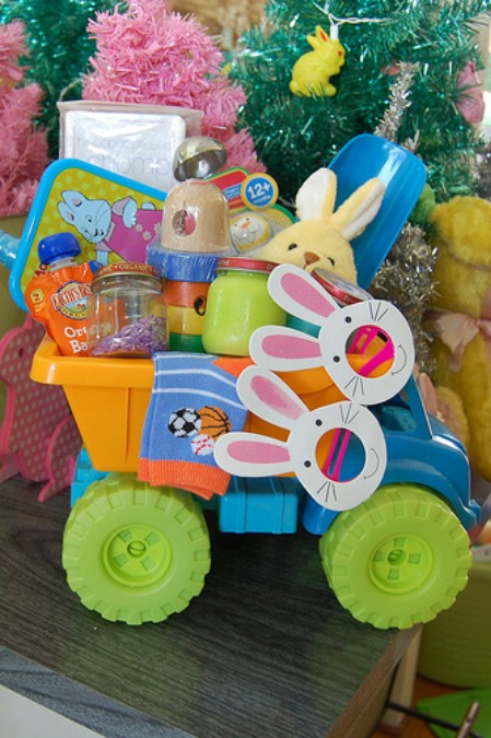 10 Fun and Creative Homemade Easter Basket Ideas