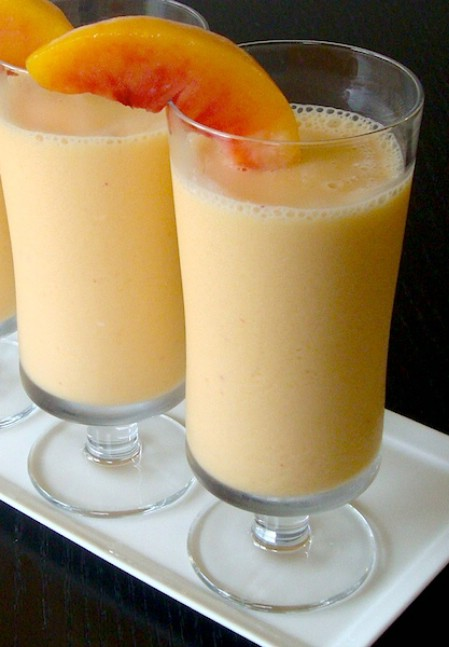 Peach almond smoothie