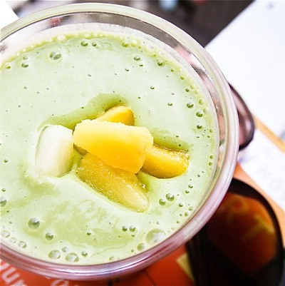 Pineapple broccoli smoothie
