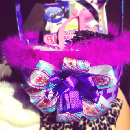 Ribbon bow Easter basket