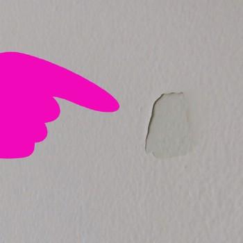 toothpaste wall repair via toothpaste life hack