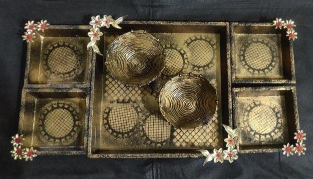 Serving tray set