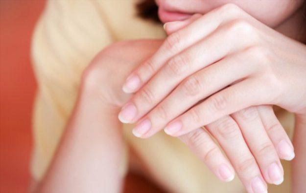soft and weak fingernails