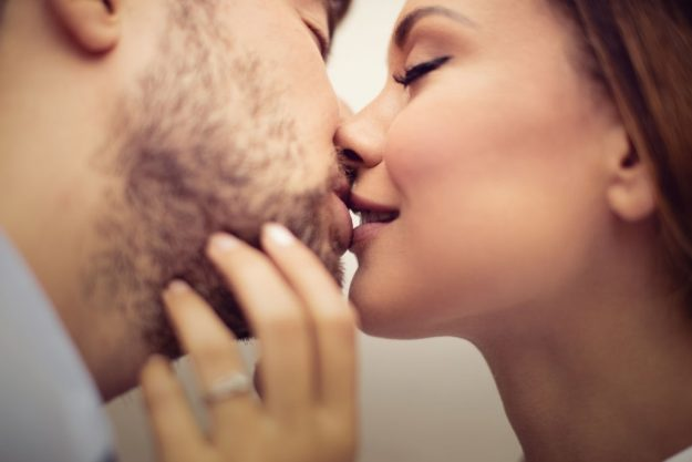 How to Tell He Loves You by His Kiss